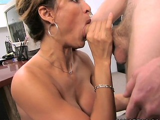 A classic MilfLessons update from 2004. Monique is our most astounding Mother I'd Equal to To Fuck we've ever had the chance working with and watching her fuck youthful studs. Tall, sexy Latin Babe with a body of a goddess. Each youthful studs wet-dream. Come and watch this Latin Mother I'd Equal to To Fuck work that butt. We love u Monique!
