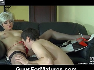 Red sexy aged chick gets fun from directing a guy